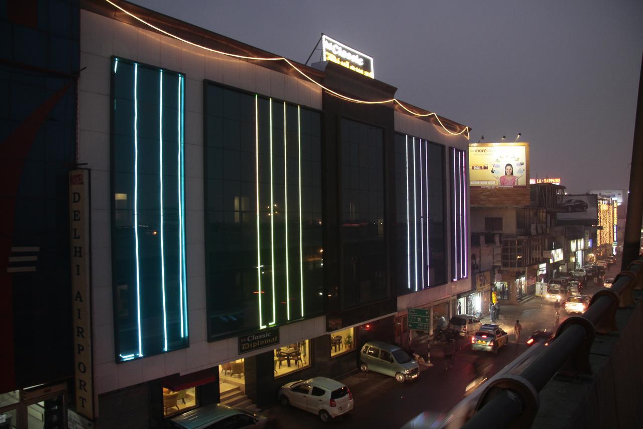 Hotel Classic Diplomat (near Airport)
